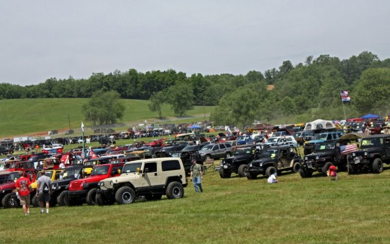 Jeep Festival at Cooper's Lake